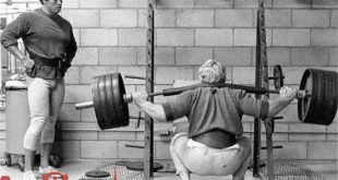 Squat-exercises-from-the-perspective-of-Arnold3